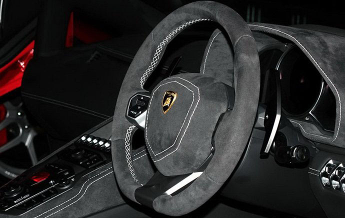 Kahn Design改装升级兰博基尼Aventador